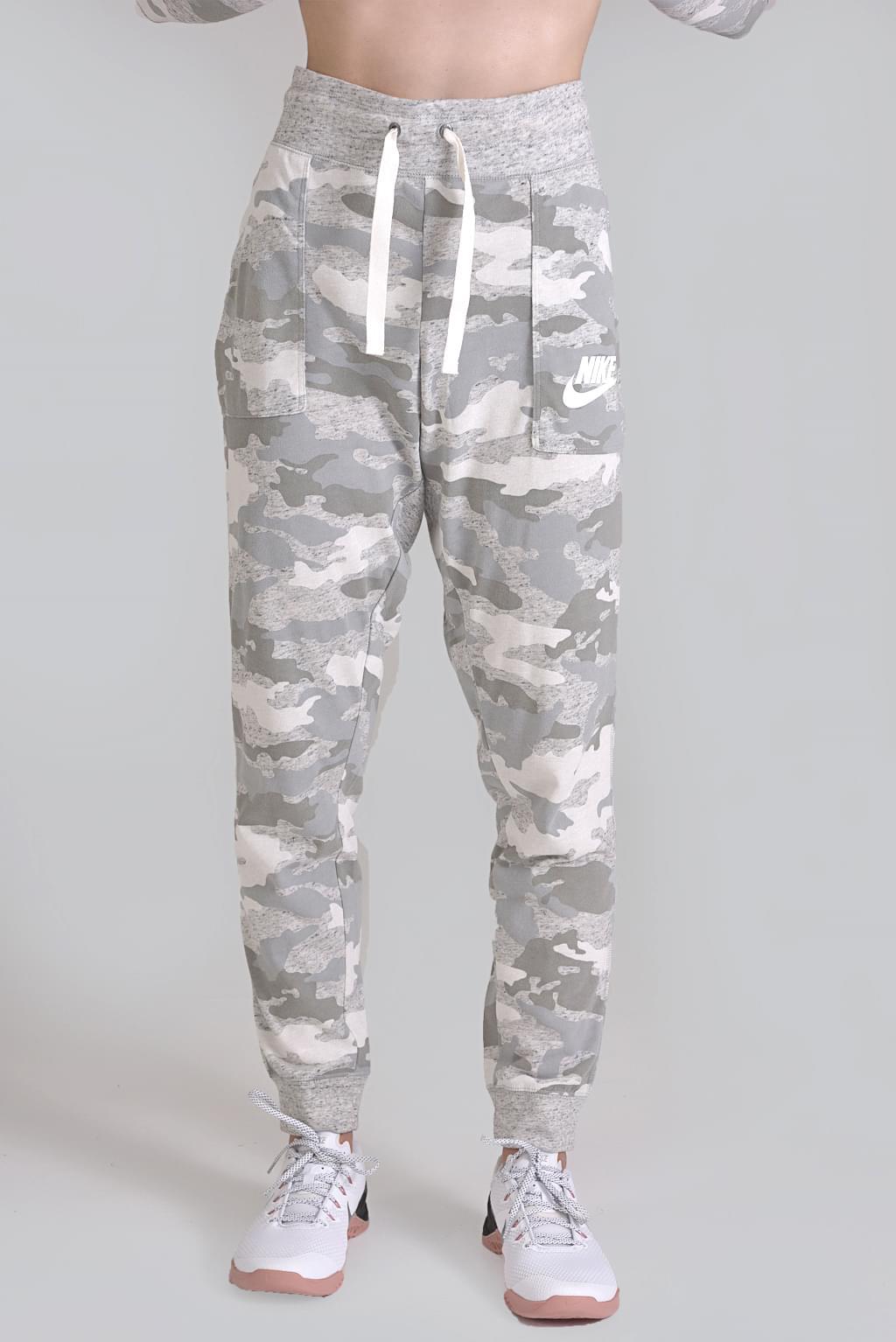 e4e212a8944f Playersroom   W NSW GYM VNTG PANT CAMO   Clothing   Trousers ...